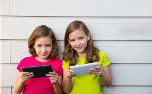 Отберу планшет, отключу интернет: такие наказания для детей работают?