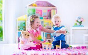 Огнестойкие химикаты, которые содержатся в некоторых продуктах, отравляют детей