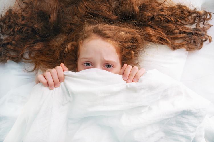 Новое парализующее заболевание распространяется среди детей