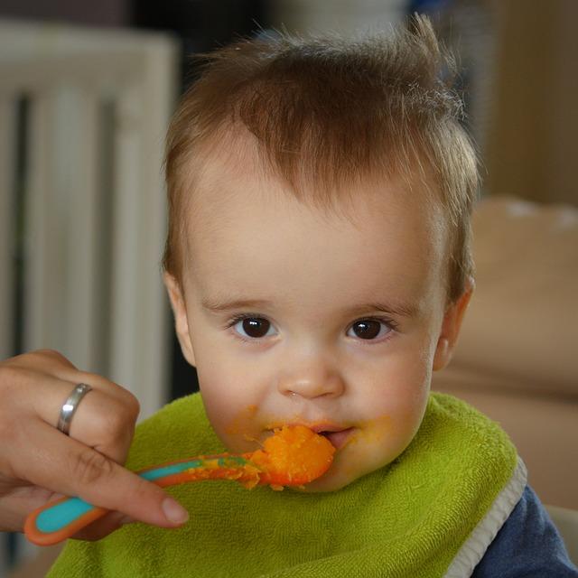 Правильное питание для годовалого ребенка