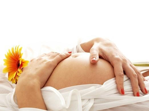 Можно или нет крестить ребенка беременной?