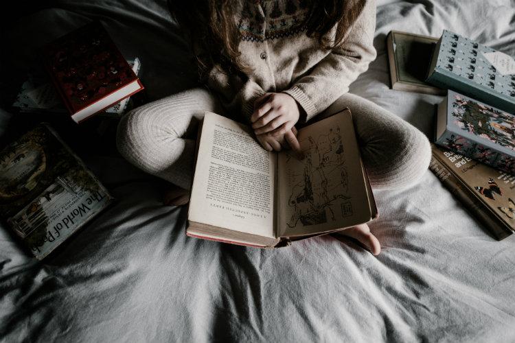 В гостях у сказки: чтение перед сном полезно и для детей, и для родителей