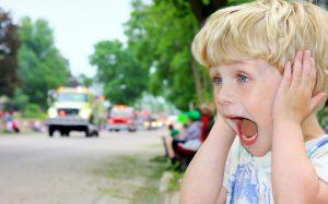 Безопасность детей летом: как не дать ребенку потеряться в городе