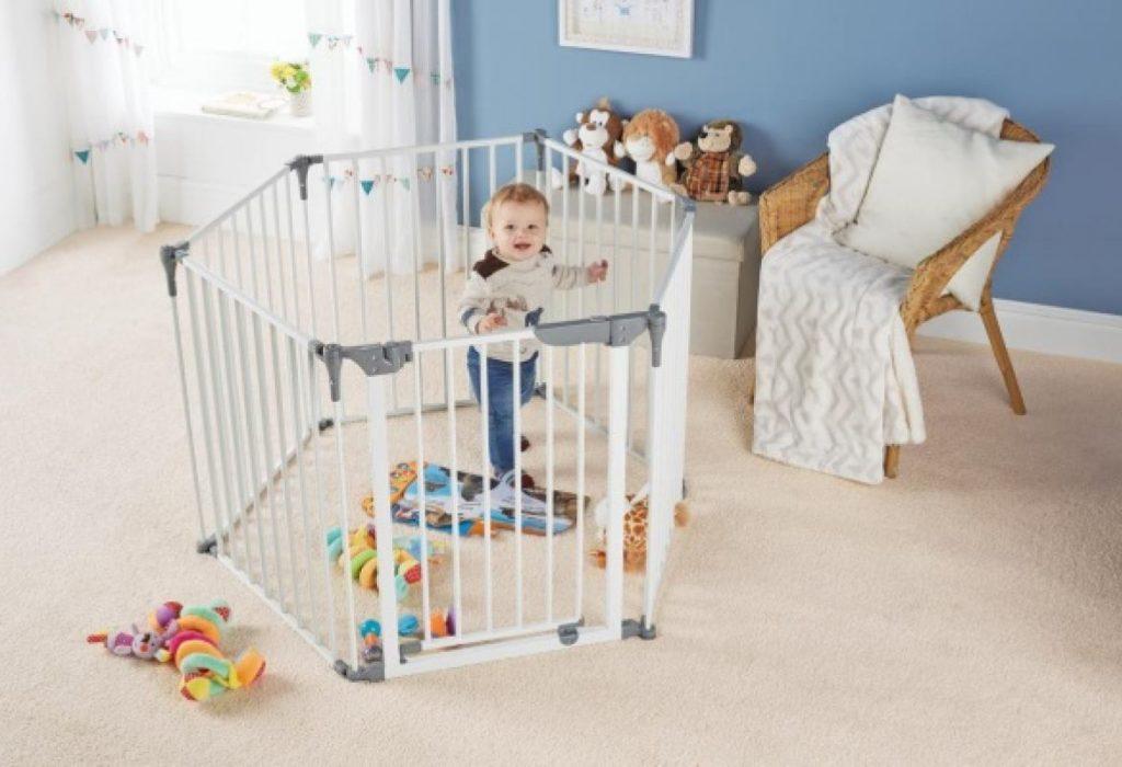 Безопасные прогулки малыша. Детям от 6 месяцев