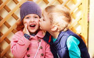 Укрепление здоровья детей — питание, купание, воздух, испытания