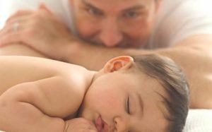 Какими навыками должен обладать двухмесячный малыш?