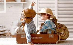 Развитие ребенка с года до двух: зрение, слух и речь