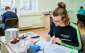 Российские школьники взяли «золото» и «серебро» на Балтийской олимпиаде по физике