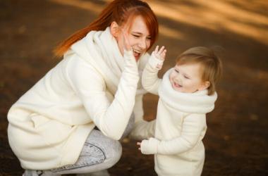 Помощь «по возрасту»: что ребенок может сделать по дому?