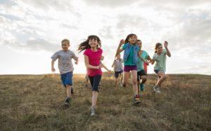 Летние каникулы: чем занять ребенка