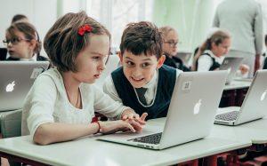 Эксперты рассказали о роли онлайн-ресурсов в новом учебном году