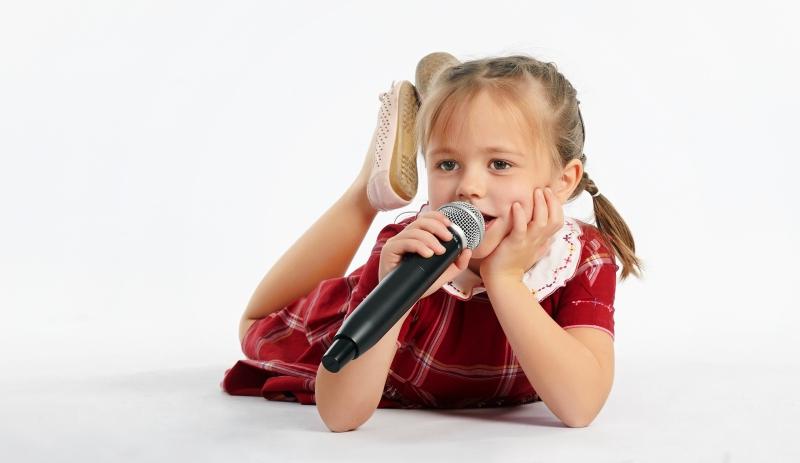 Как караоке помогает ребенку развиваться