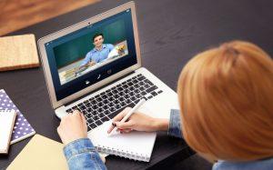 Когда ученики дома и в школе: учителя обсудят новые подходы в дистанционном обучении