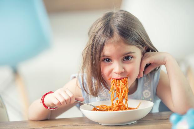Правильное питание — залог здоровья детских зубов
