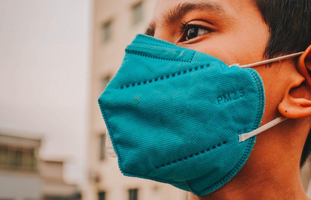 Китайские педиатры назвали основные признаки коронавируса у детей