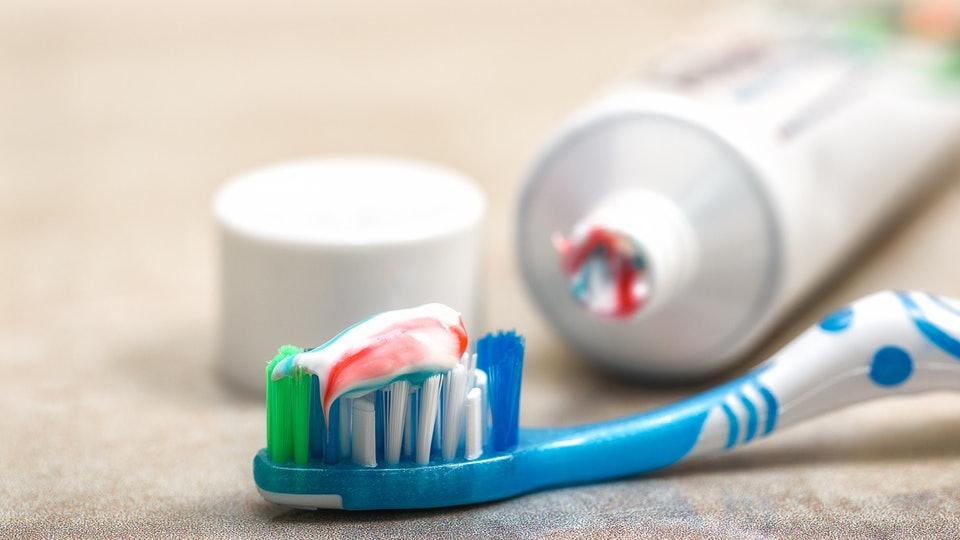 Как выбрать зубную пасту ребенку