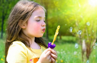 Лето с пользой: чем интересным занять детей и подростков, пока они абсолютно свободны