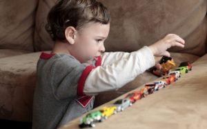 6 признаков, что у ребенка может быть аутизм