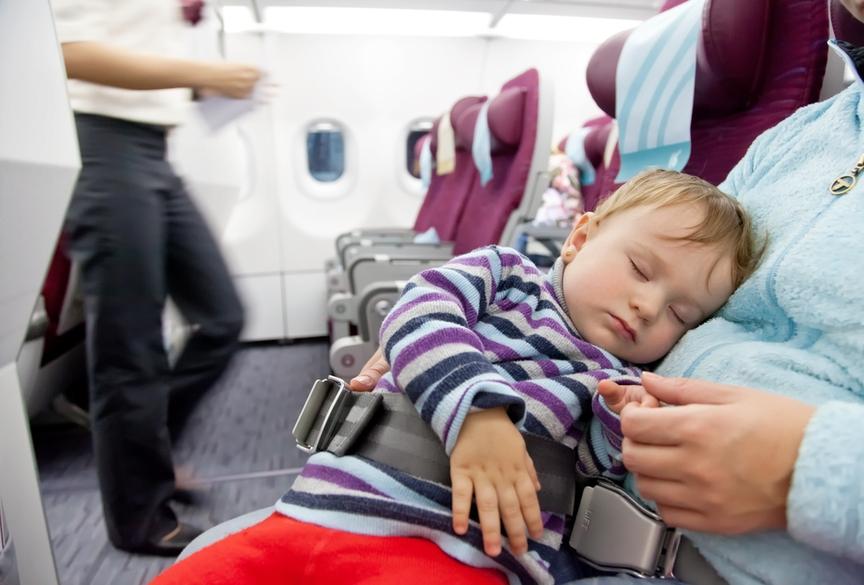 6 причин, почему путешествия с младенцами могут быть опасными