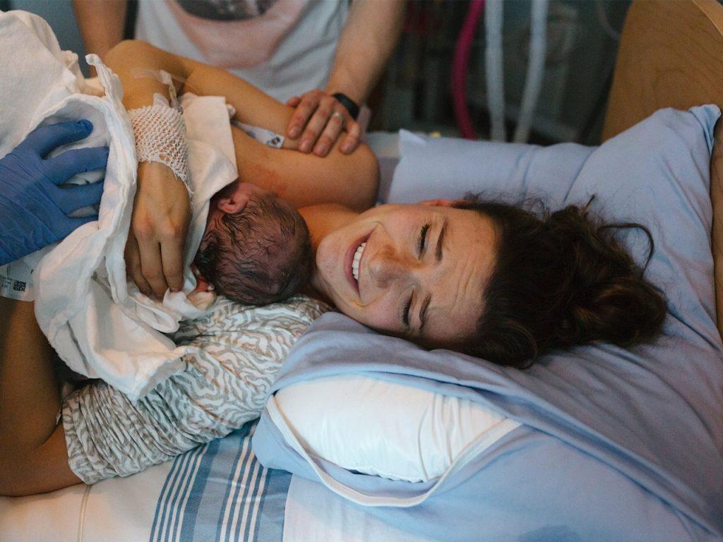 Медики: у женщин, переживших стресс, чаще рождаются девочки