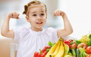 Названы способы поддержать иммунитет ребенка весной