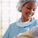 Неонатолог – кто это, и что входит в обязанности первого врача вашего малыша?