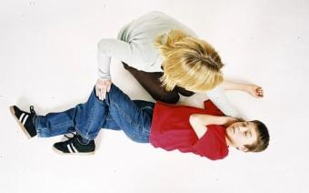 Оказание первой помощи ребенку: что делать, если у ребенка пошла пена изо рта?