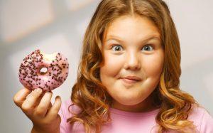 Регулируем количество сахара в рационе детей