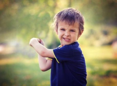 Как воспитать ребенка маленьким героем